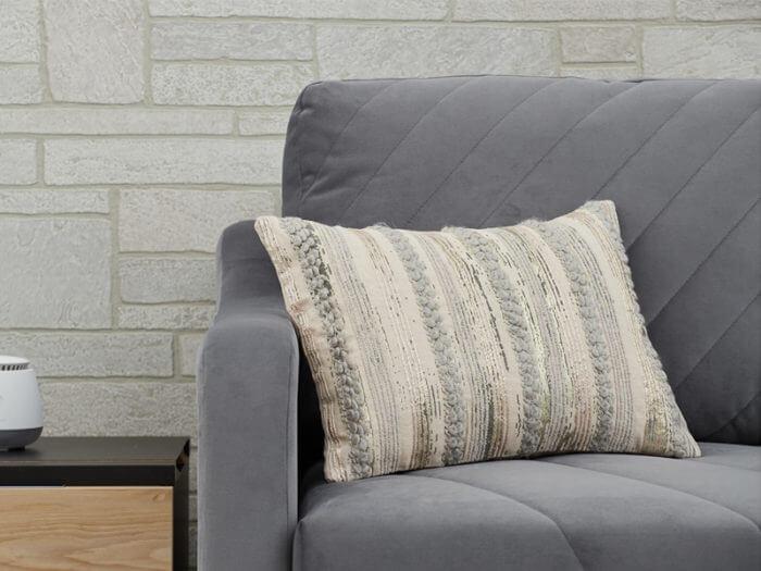 Декоративная подушка светло-зеленая