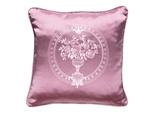 Декоративная подушка блестящая бордовая с узором